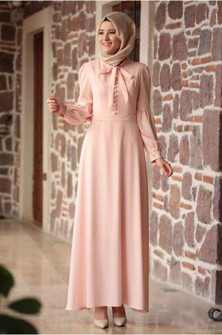 c7753cc5f122a Sizler için derlediğim bu elbiseleri zarif tesettür giyim Markasının E-  ticaret sitesinden uygun fiyatlara satın alabilirsiniz.