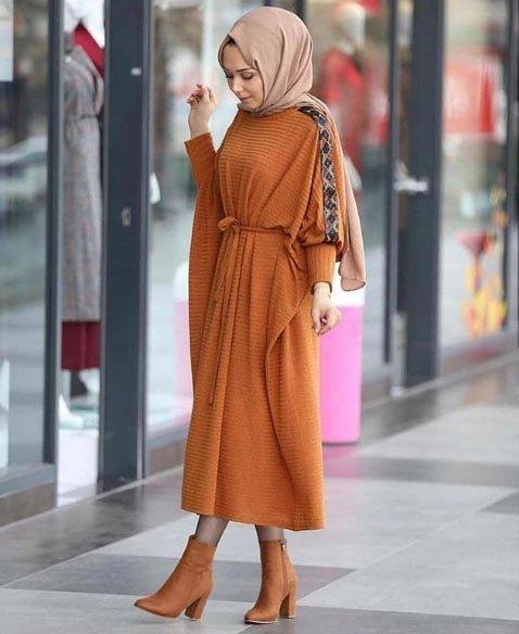 gelmiş geçmiş en güzel 85 tesettür abiye elbise modeli 26