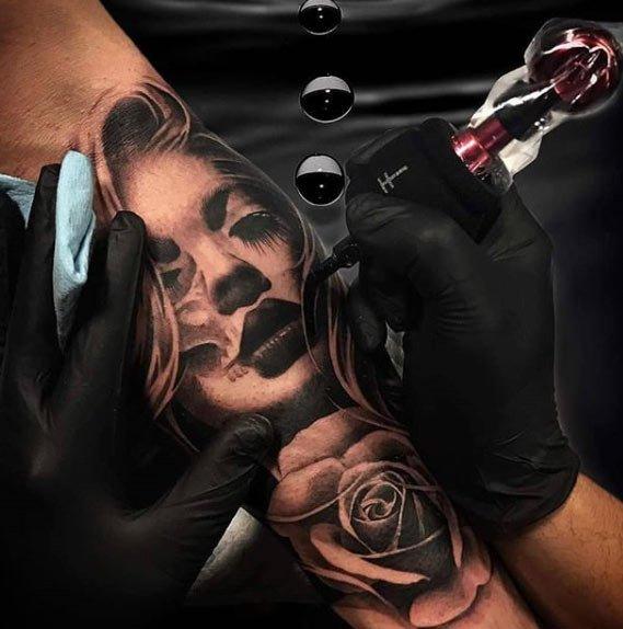 kadın temalı tattoo dövme modelleri 13