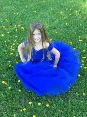 25 adet en güzel  kız çocukları için abiye modeli 8