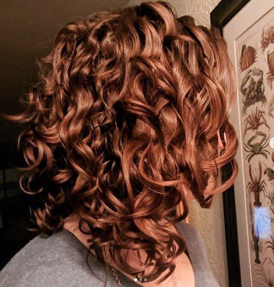 dalgalı saç sizi nasıl farklı gösterir 85 farklı tarz ile saç yapımını öğrenin 9