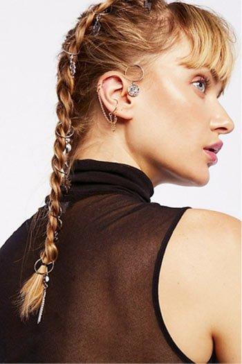saç küpesi ile örgü saç modelleri 18