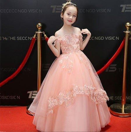 6-10 yaş kız gelinlik ve tül abiye modelleri 7