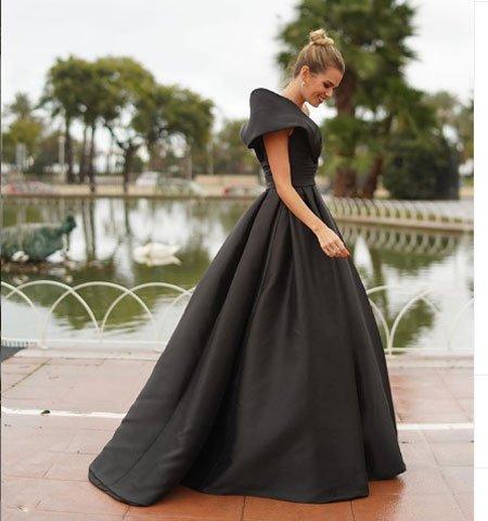 mutlaka giymek i̇steyeceğiniz 2020 abiye elbise modelleri 3