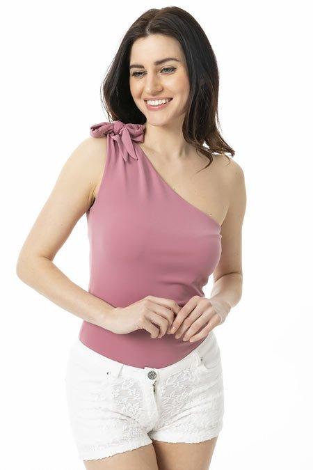 omuz dekolteli bluz kombinleri 7