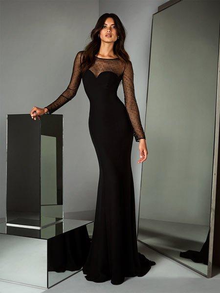 116cebb8ec9c1 Özellikle düğünlerde 40- 60 yaş arası kadınların giyebileceği oldukça zarif gece  elbiseleri.