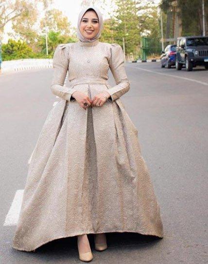 gelmiş geçmiş en güzel 85 tesettür abiye elbise modeli 21