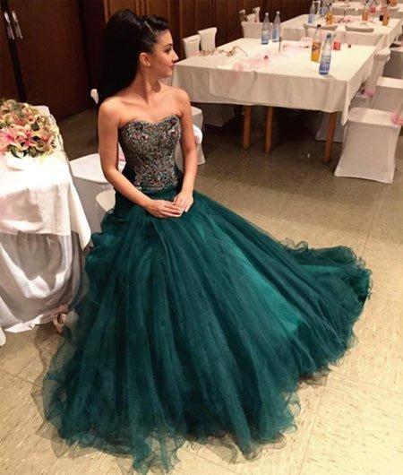 mezuniyet elbiseleri almadan önce bakmanız gereken 300 en güzel balo kıyafetleri 83