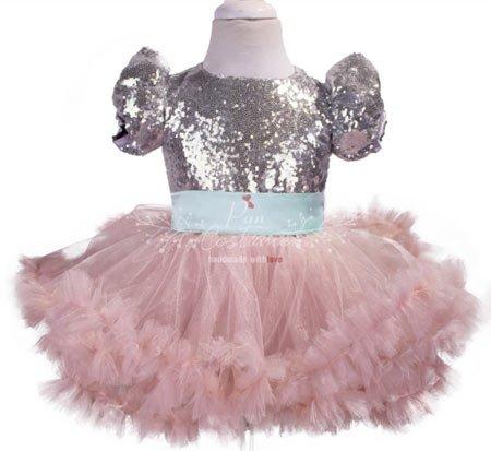 kız çocukları için abiye kostümler 11
