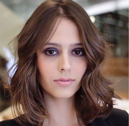kuaför tavsiyesi: yüz şekline göre saç kesimi belirleme rehberi 16