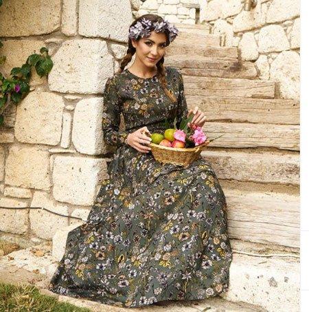 çiçek desenli elbise modelleri ve kombinleri 1