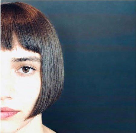 düz kesimli saç modelleri 3