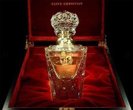 en pahalı 10 kadın parfümü 2