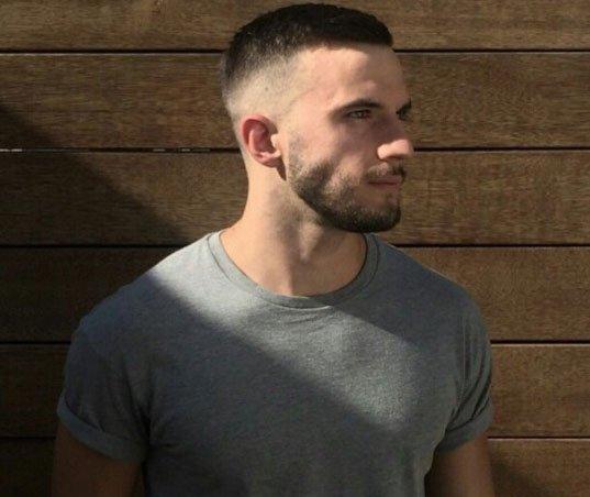 erkekler için sıra dışı 5 numara saç kesimleri 1