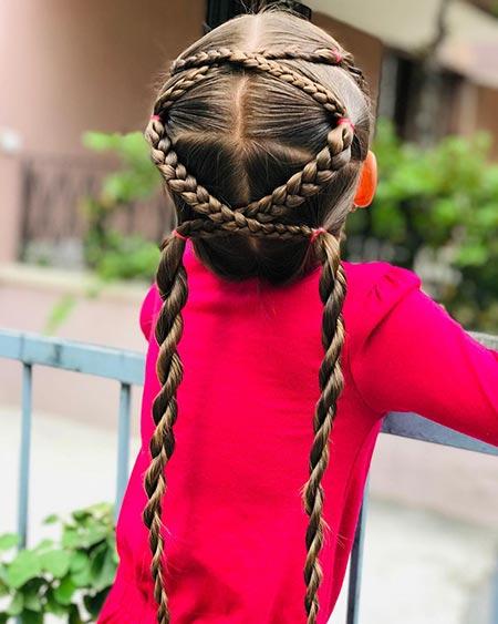 okula giderken yapılabilecek saç modelleri